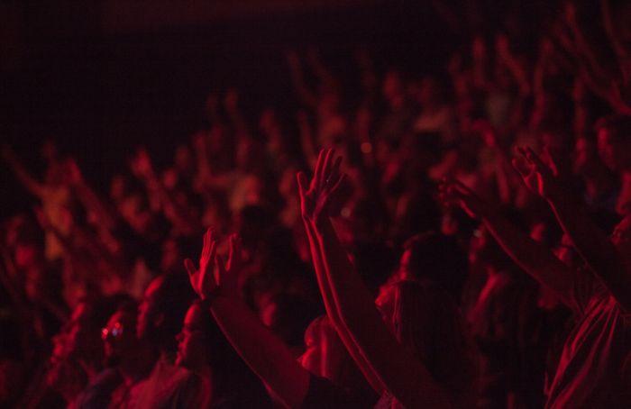 Смольный начал проверку информации о «подпольном» концерте группы «Алиса»