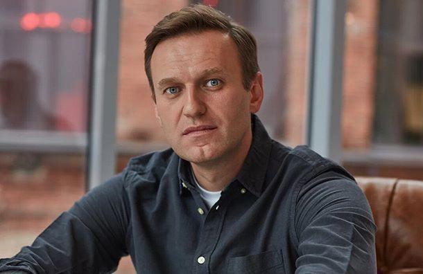Навальному избрали подписку о невыезде за клевету на ветерана