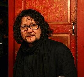 В Петербурге умер художник Туман Жумабаев, ему было 58 лет