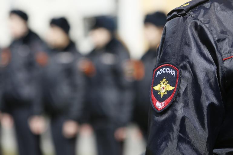 Полиция задержала состоящего в банде петербуржца, похищавшего людей и совершавшего грабежи 8 лет