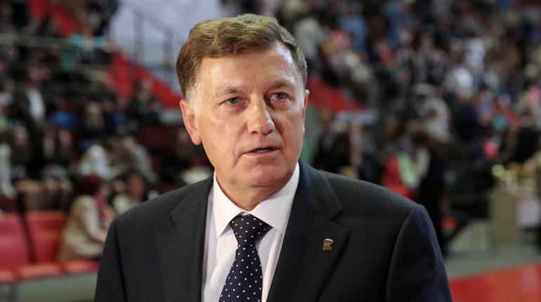 Спикер петербургского ЗакСа Макаров стал лидером по цитируемости в России