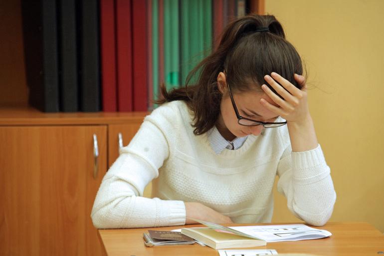 В Петербурге 523 выпускника смогли стать ЕГЭ на 100 баллов, двое сдали на максимум сразу три экзамена