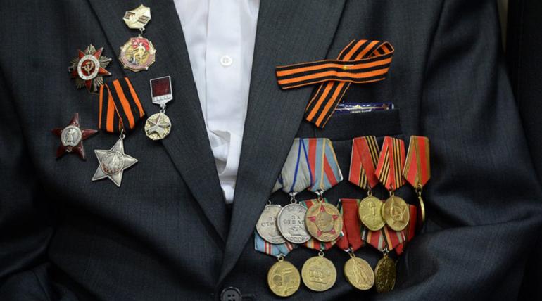 Ветераны — участники парада Победы в Петербурге вакцинировались от коронавируса