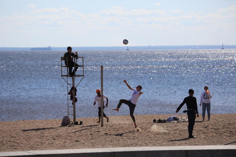 В Ленобласти наступило лето: в четверг потеплеет до +25 градусов