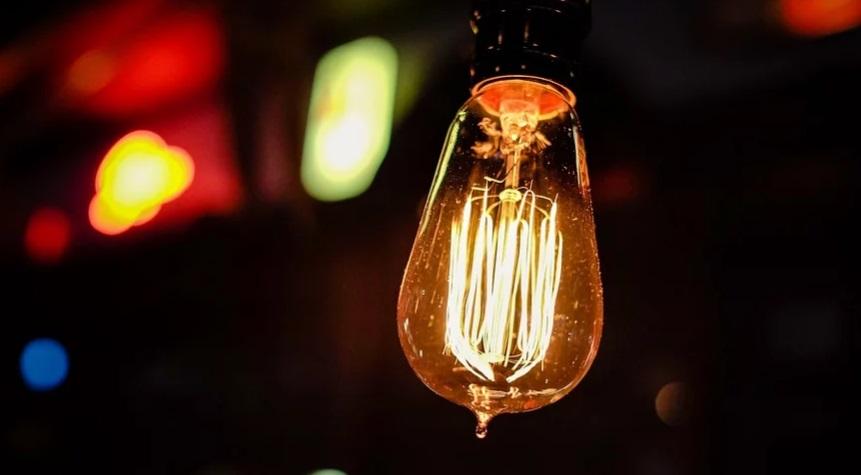 В некоторых домах Адмиралтейского района восстановили электроснабжение