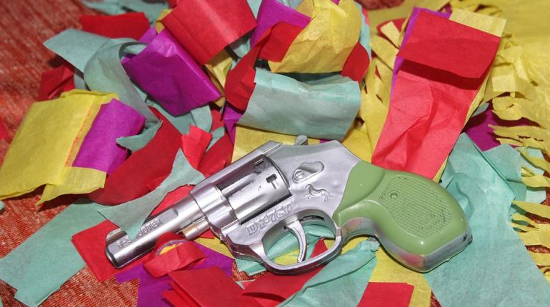 Игрушечный пистолет не помог налетчику обчистить магазин на Ветеранов