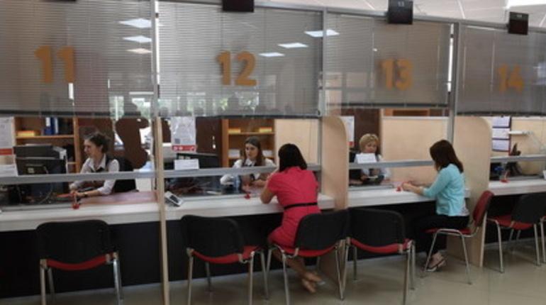В Ленобласти открывают МФЦ и фуд-корты в торговых центрах