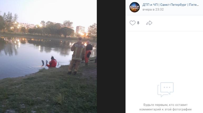 Жара загнала петербуржца в пруд на Полюстровском, на берег вытащили труп