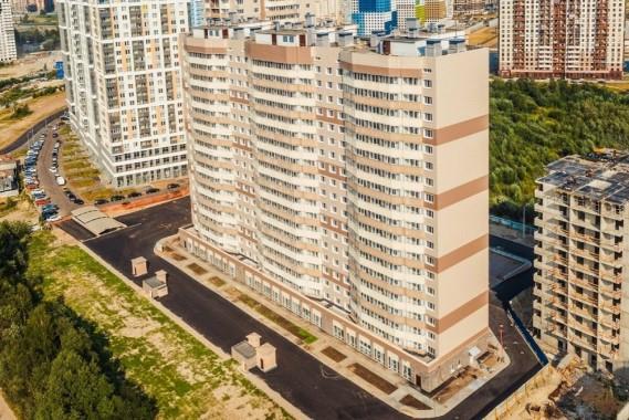 В Петербурге завершили строительство проблемного ЖК «На Заречной»