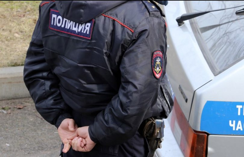 Бизнесмен с Парашютной устроил стрельбу с балкона и был задержан