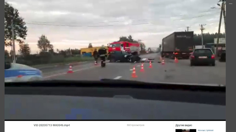 Смертельное ДТП в Отрадном: спасатели вынимали пострадавшего из разбитой машины