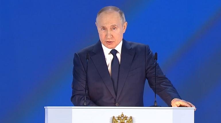 Путин заявил, что из Украины делают антипод России