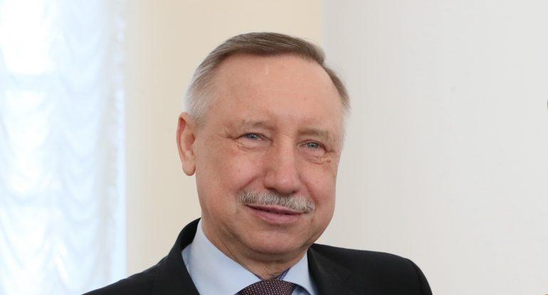 Беглов проверил готовность УИК в Невском районе перед голосованием по Конституции