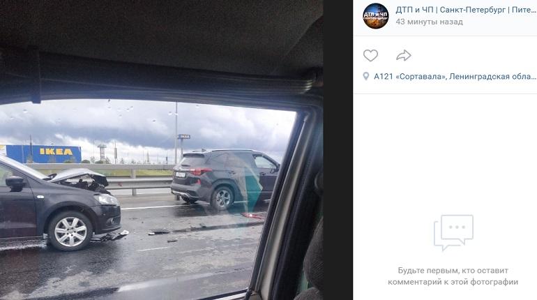 На проспекте Энгельса ДТП с тремя авто спровоцировало пробку