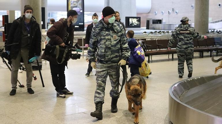 В Пулково ждут задержек рейсов: аэропорт проверяют после сообщения о заминировании