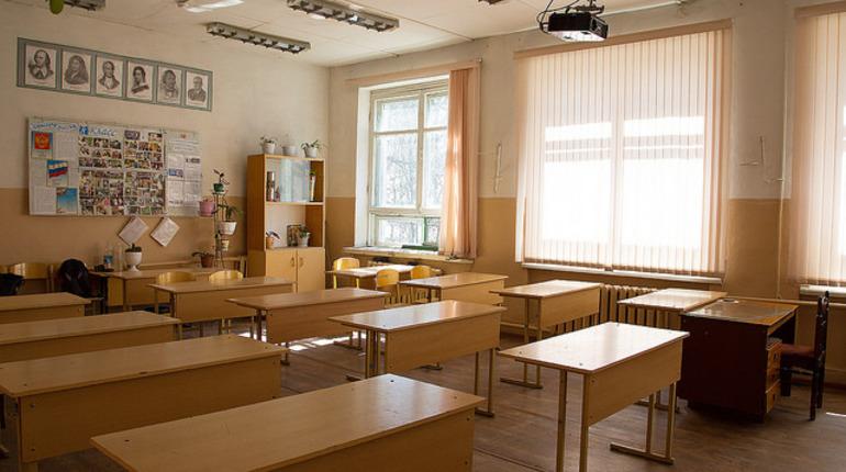 В Петербурге школ коснутся новые ограничения из-за Covid-19