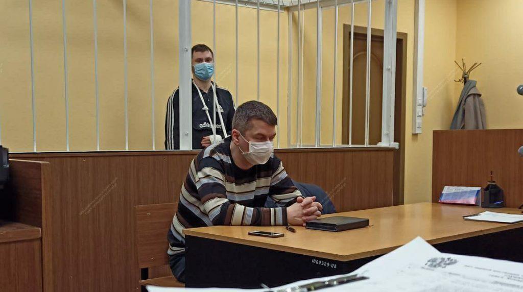 Подозреваемого в краже из дома убитого депутата отпустили из зала Приморского райсуда