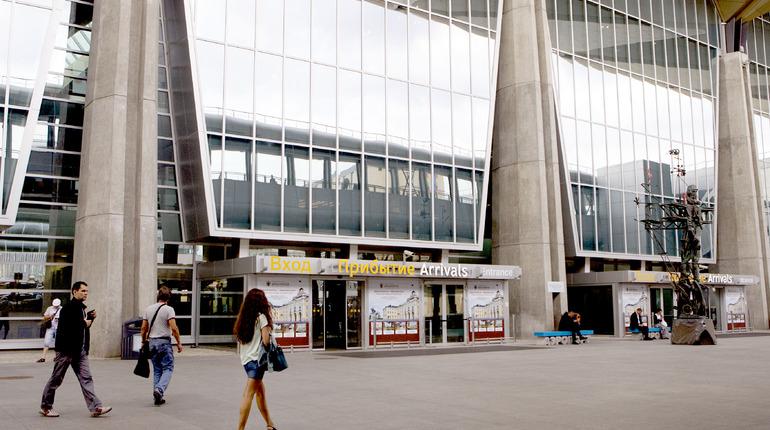 Около двух десятков рейсов отменено в Пулково во вторник