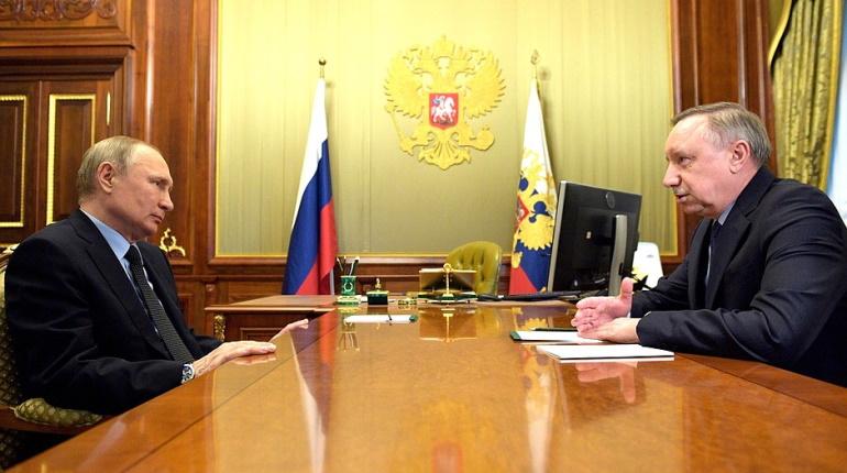 Песков рассказал об общении Беглова и Путина