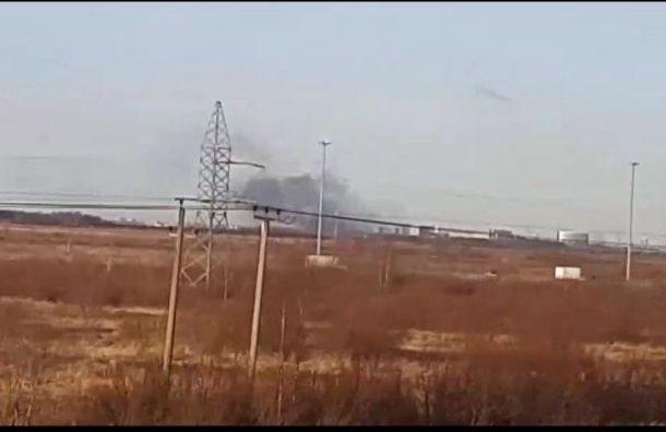 Горит бывшее здание аэропорта Пулково в Авиагородке