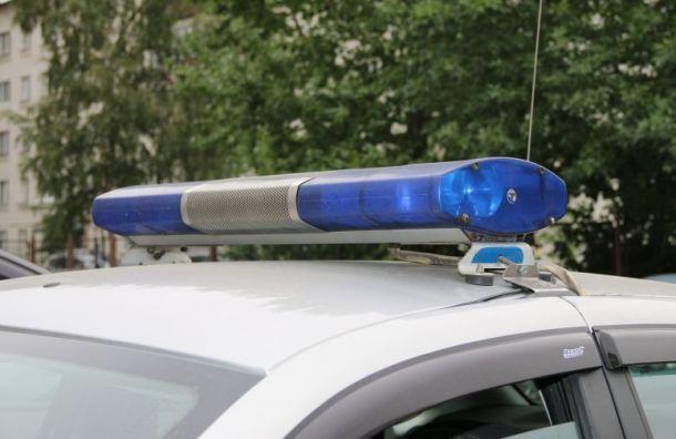 В квартире обнаружили тело полицейского с ножевым ранением груди