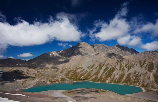 Двух погибших петербургских альпинистов ищут в Кабардино-Балкарии