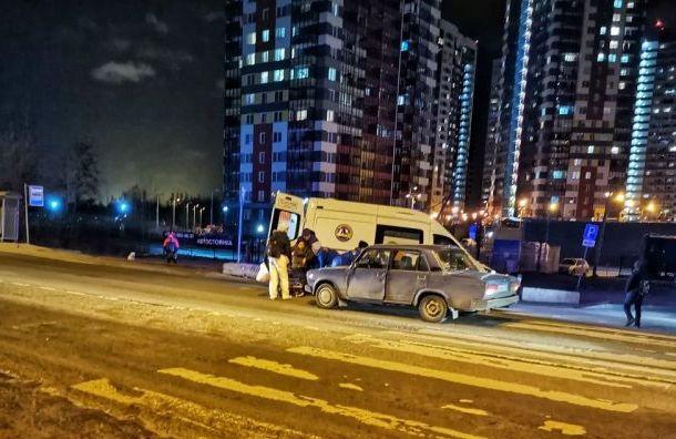 Два человека попали под машину на Советском проспекте