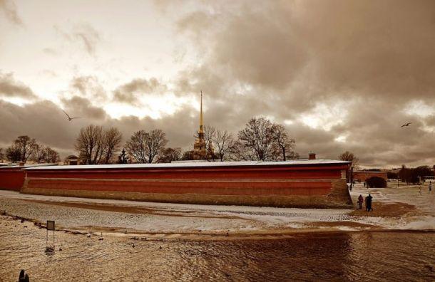 Первый день весны принесет в Санкт-Петербург мокрый снег