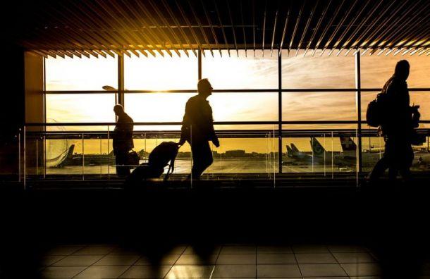 Рейс из Санкт-Петербурга в Норильск задержали на 13 часов