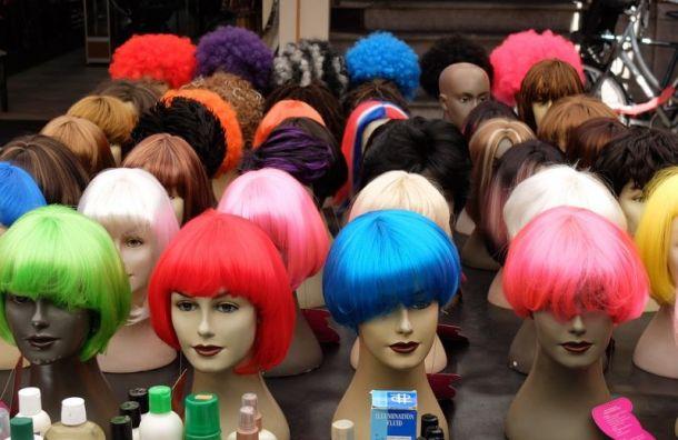 На Уточкина у парикмахера силой забрали искусственные волосы