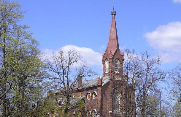 Суд обязал церковь Ингрии разработать план сохранения храма в Пушкине