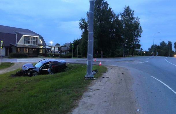 Грудничка увезли на скорой после ДТП на Таллинском шоссе