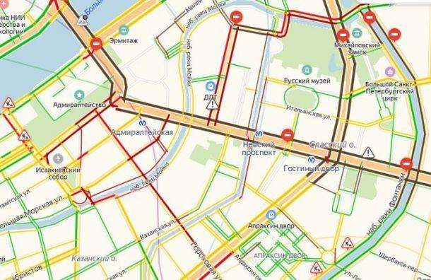 Полумарафон «Северная столица» парализовал центр Санкт-Петербурга