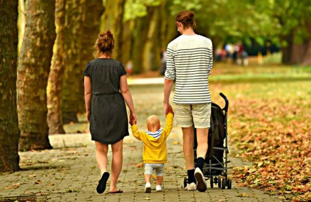Росстат отнес свыше четверти петербургских семей к среднему классу