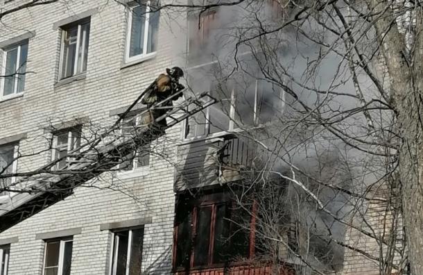 Квартира загорелась на ул. Стойкости