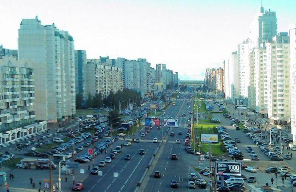 Комендантский проспект закрывают на ремонт за 185 млн руб.