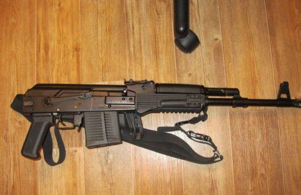 Колпинский стрелок хранил арсенал боеприпасов в гараже