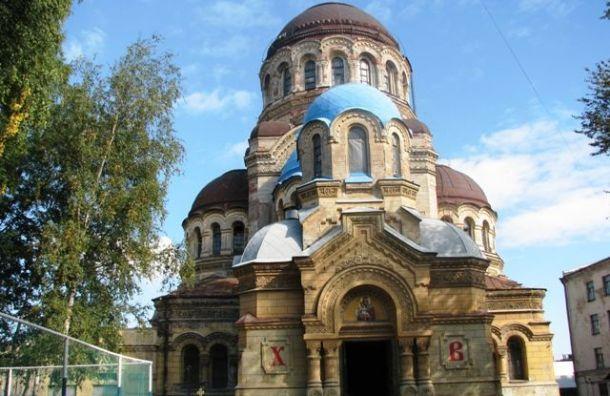 Бассейн моряков-подводников за 883 млн перестроят в церковь