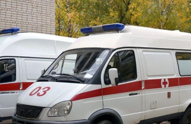 Петербургские врачи не спасли старика, потерявшего сознание у них под носом
