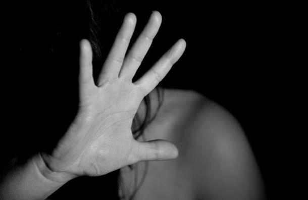 Дочь-подростка бизнесмена похитили на Лиговском проспекте