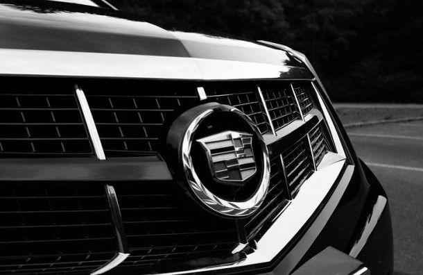 Черный Cadillac за 3,5 млн угнали у спортивного инструктора «Зенита»