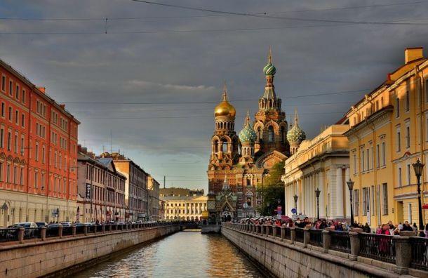 Санкт-Петербург будут посещать по 6 млн. иностранных туристов в год