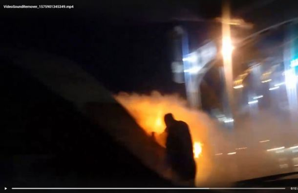 Маршрутка сгорела на Большиохтинском мосту
