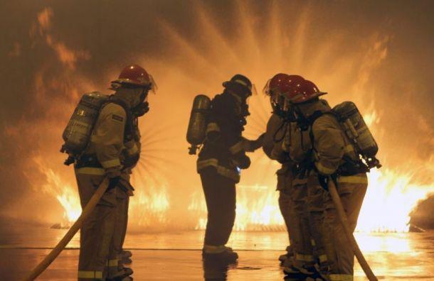 Из горящего дома на Будапештской эвакуировали 70 человек