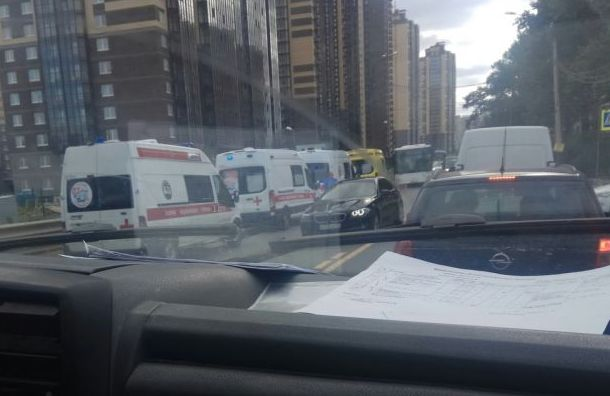 Семь пассажиров автобуса пострадали в аварии в Усть-Славянке