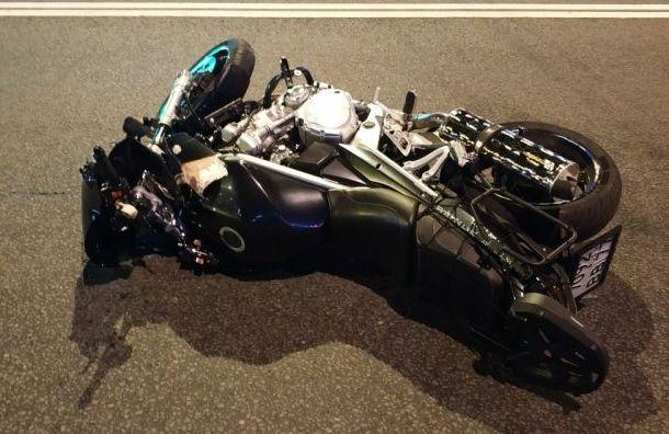 Мотоциклист насмерть сбил пешехода на Ветеранов