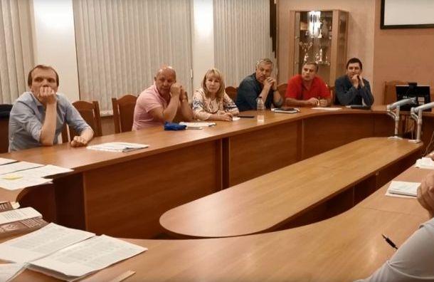 Единороссов пересчетом протащили в округ, где победила Грязневич
