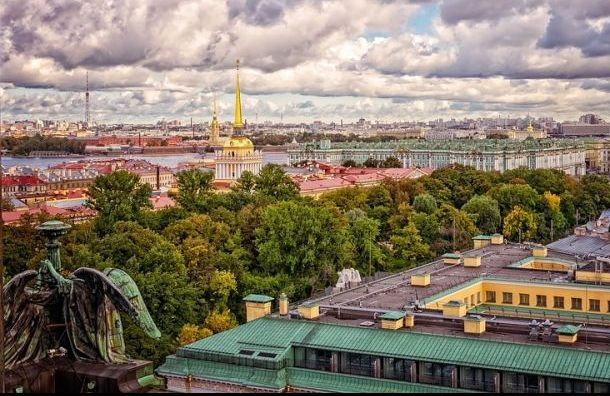 Заявки на электронные визы в Санкт-Петербург подали почти шесть тысяч человек
