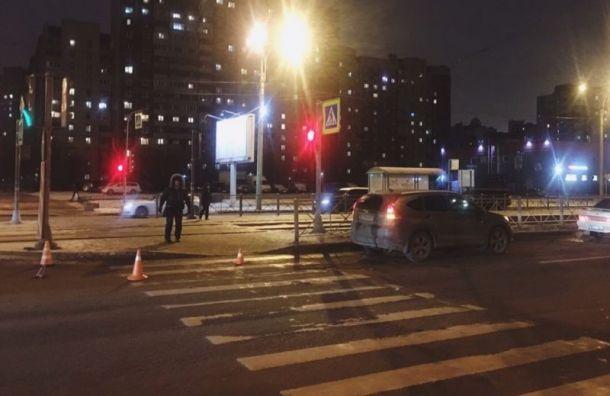 В Приморском районе водитель задавил пожилую женщину и ребенка