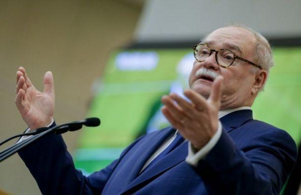 Бортко снял свою кандидатуру с губернаторских выборов